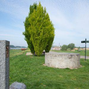 monument Und so Weiter Spijk